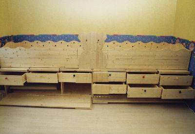 bett in fichte stauraum a 10 001 kinderzimmer bett mit viel stauraum. Black Bedroom Furniture Sets. Home Design Ideas